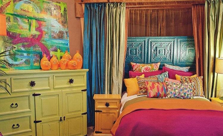 اتاق خواب رنگی رنگی